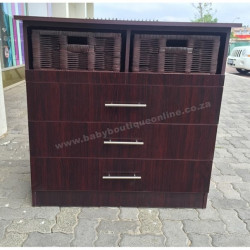 Standard Compactum With Brown Split Baskets Burgundy