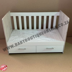 Large Wooden Cot with Split Drawer White&Nordic
