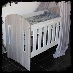 Large Wooden Cot - Round Design